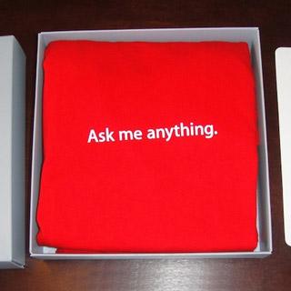 Apple's T-shirt Box Photo